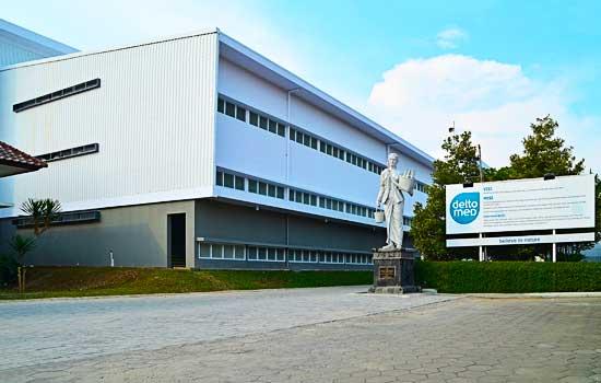 Deltomed Warehouse & Packing Building